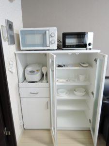 電子レンジ・トースター・炊飯器・食器